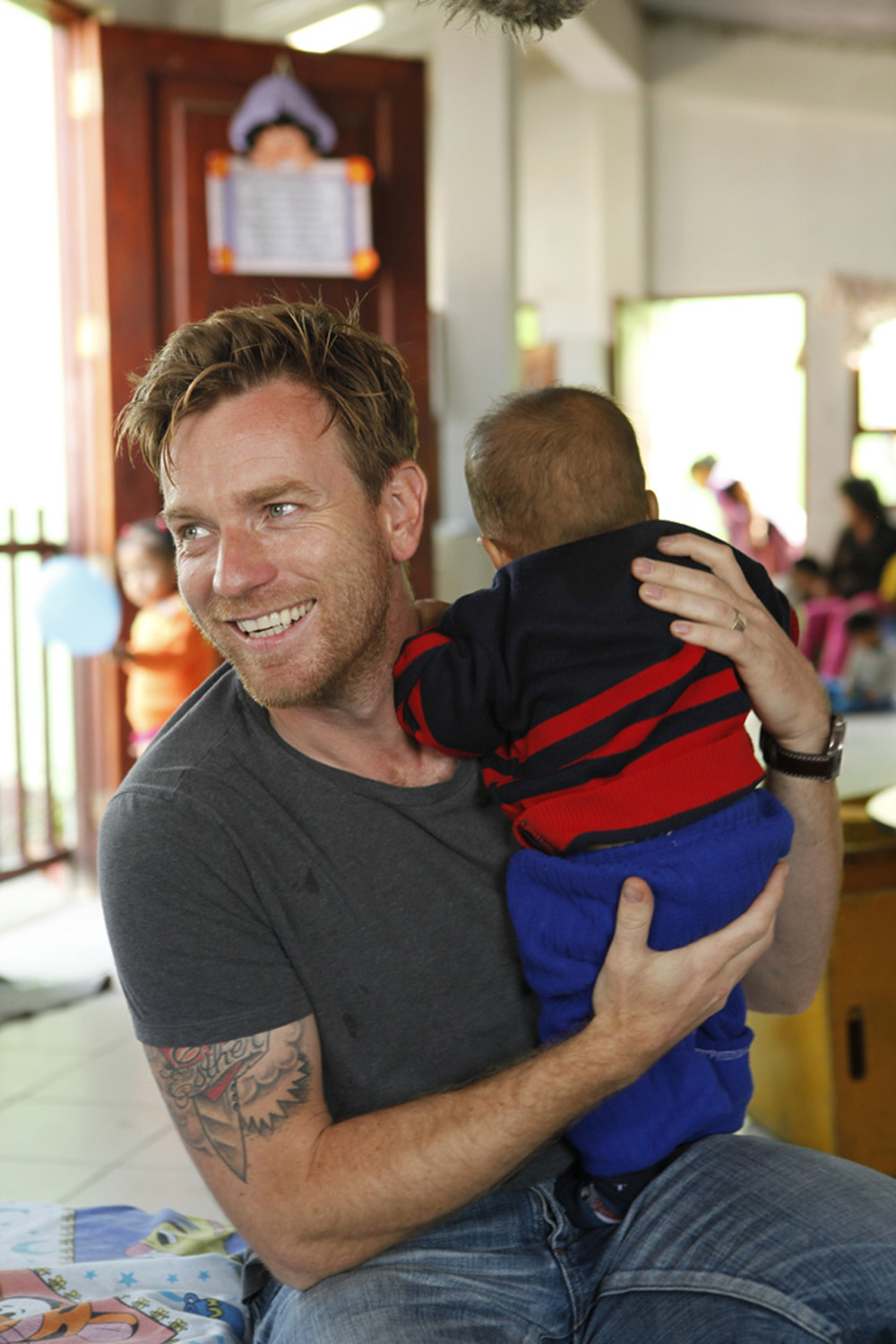 UNICEF Goodwill Ambassador Ewan McGregor visits community projects supported by UNICEF, in the neighbourhood of Ventanilla, Peru