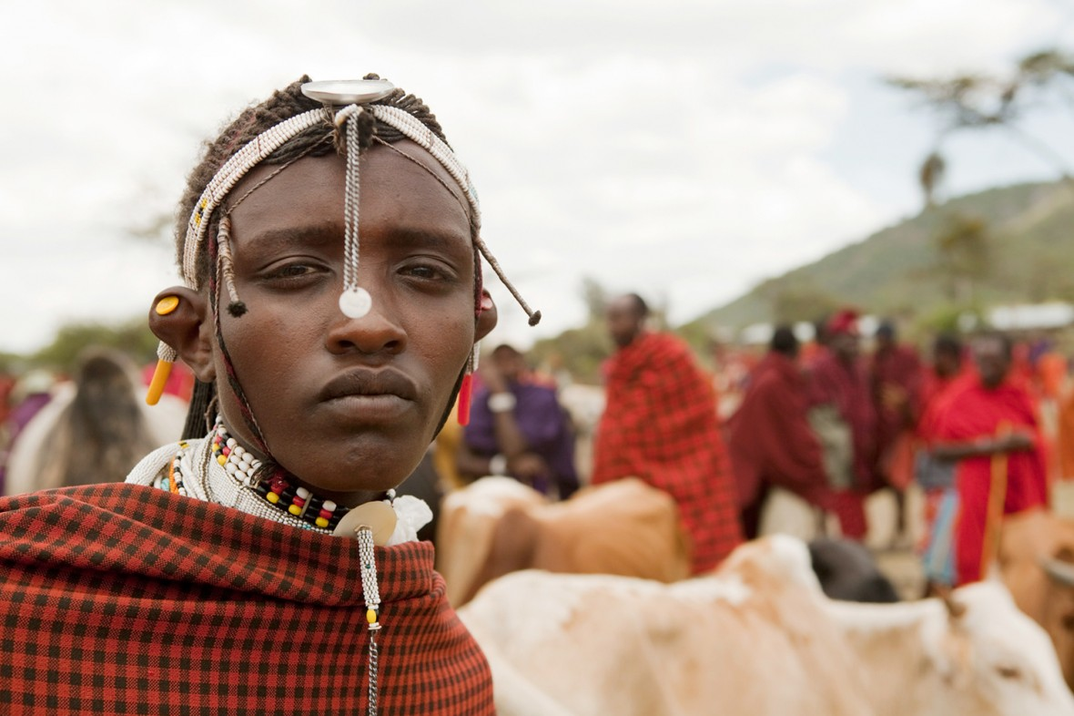 Picture from a story I did for the Observer Magazine five years ago, about Masai in Tanzania being forcibly evicted so that  tour operators can turn their homelands into 'nature refuges' for holiday makers. This image, which I hadn't seen in a while, landed back in my inbox this week, when Alex Renton, the journalist I did this story with, emailed about a possible return.  I wish it was to document a happy ending, but it looks like the Tanzanian government is reneging on recent promises to let the Masai keep their land.